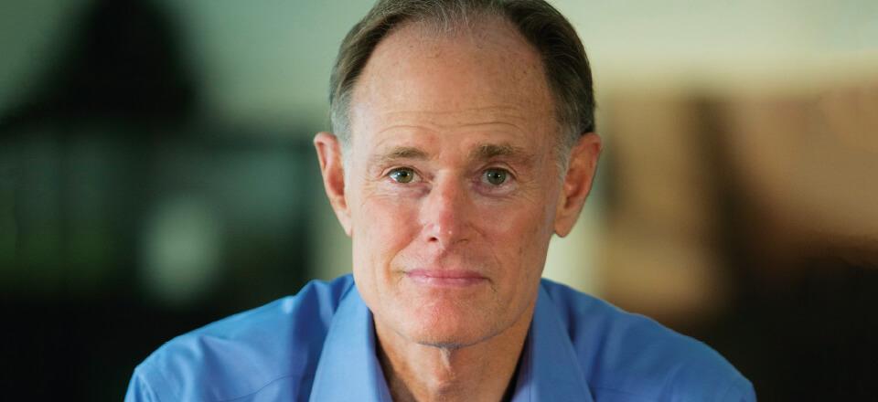 Den amerikanske neurolog David Perlmutter beskæftiger sig med sammenhæng mellem tarmen og hjernen.