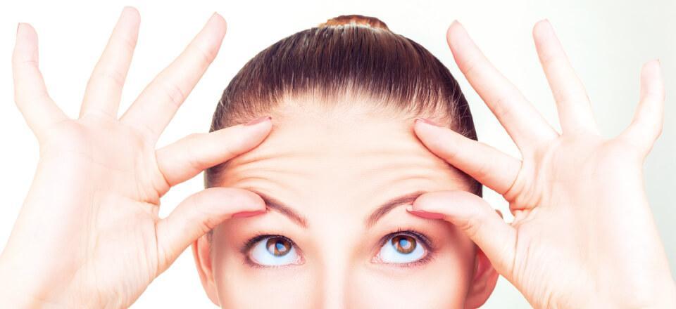 Stress kan give rynker og træt hud, og så kan tilskud med kollagen måske hjælpe
