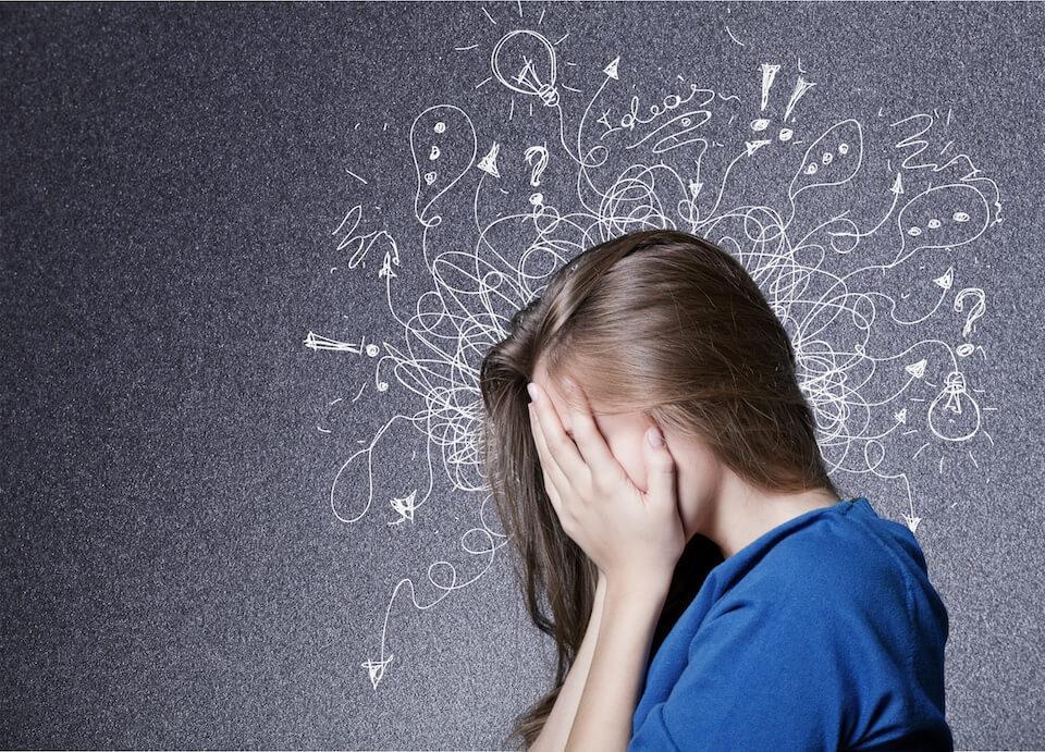 Især unge piger oplever stress og angst i dag, men måske er det ikke så slemt?