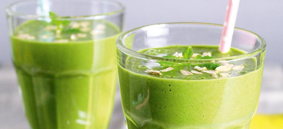 En grøn shake med beroligende ingredienser kan sagtens nydes inden sengetid