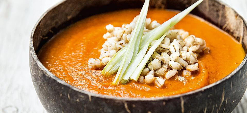 Cremet tomatsuppe i den veganske udgave