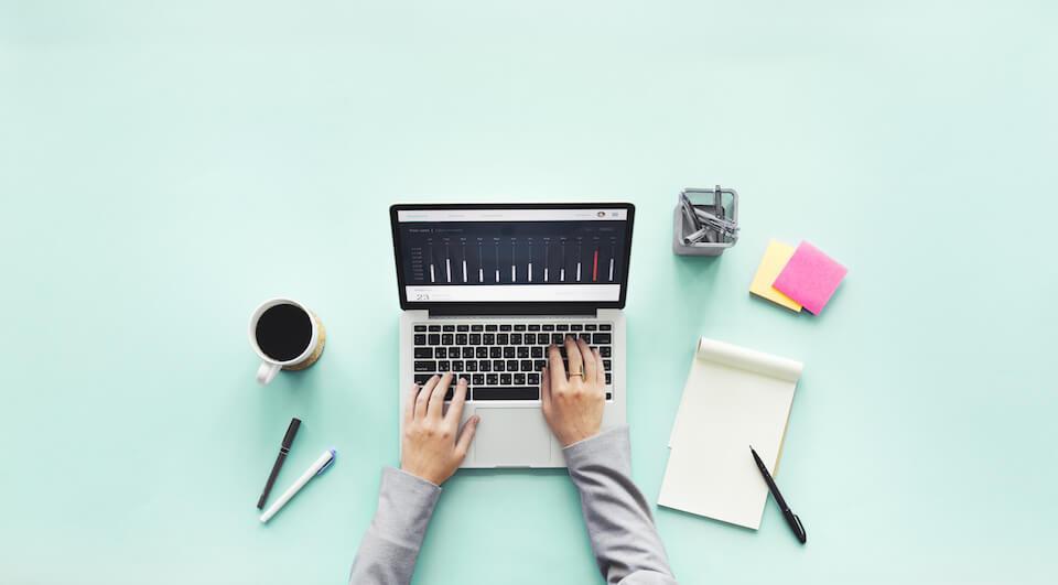 Mental sundhed i et digitalt arbejdsliv skal nu undersøges og forbedres